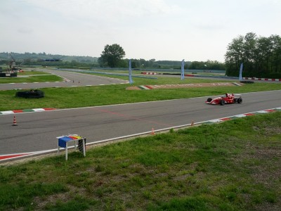 Pálya és Ferrari